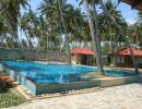 Отель Weligama Bay Resort 5*. Бассейн