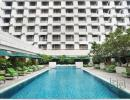 Отель Holiday Inn Bangkok 4*. Бассейн